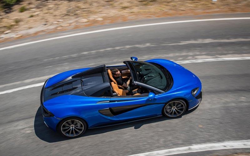 Фото McLaren 570S Spider