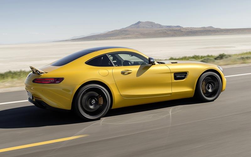 Фото Mercedes AMG GT