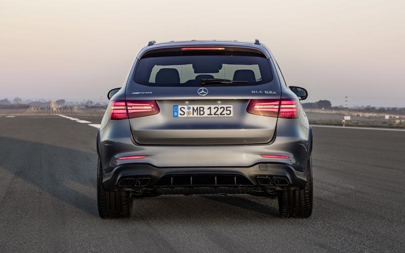 Фото Mercedes GLC 63 AMG