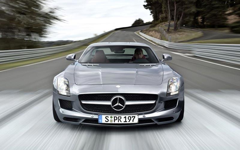 Фото Mercedes SLS