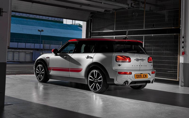 Фото Mini Clubman John Cooper Works 2019
