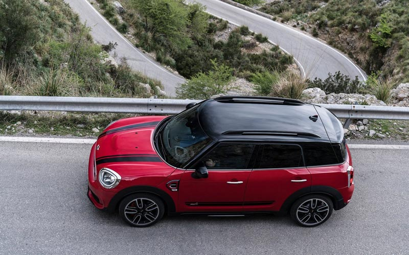 Фото Mini Countryman John Cooper Works  (2017-2019)