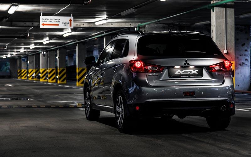 Фото Mitsubishi ASX  (2014-2016)