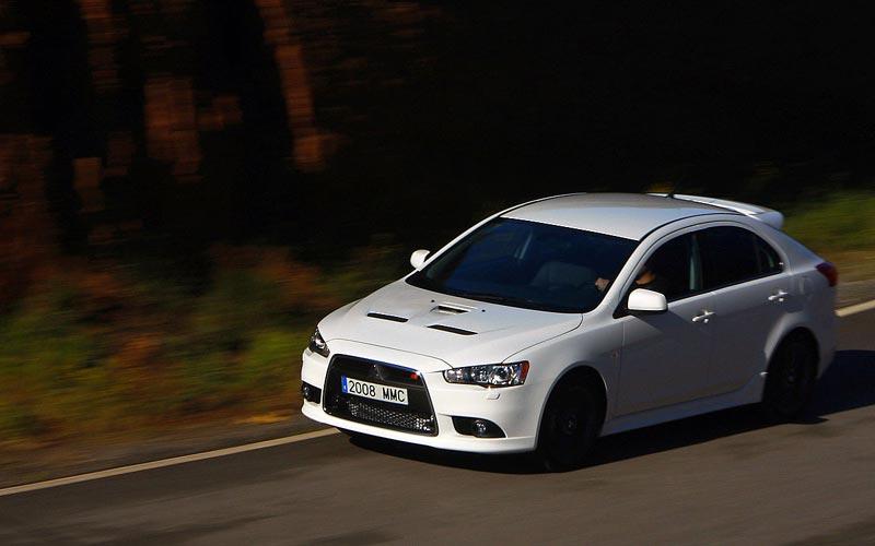 Фото Mitsubishi Lancer Sportback Ralliart