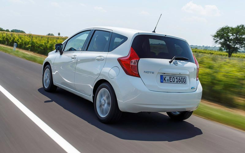 Фото Nissan Note