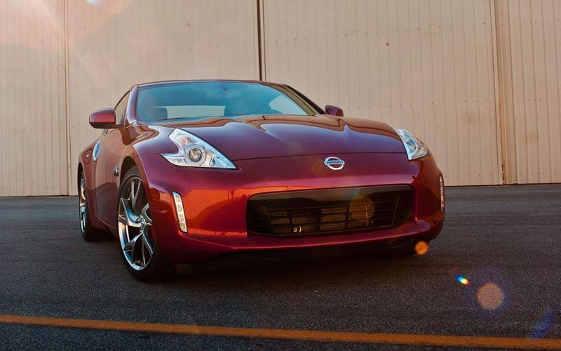 Фото Nissan 370Z