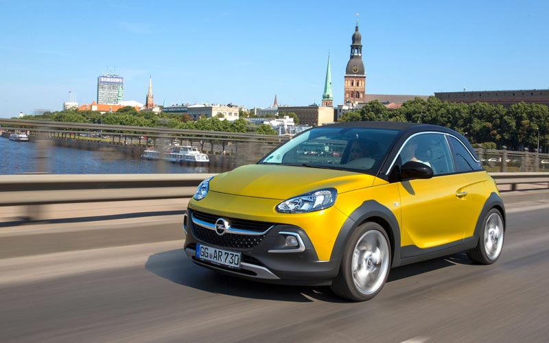 Фото Opel Adam Rocks