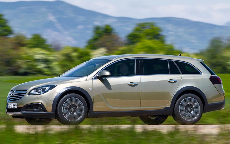 Фото Opel Insignia Country Tourer  (2013-2017)