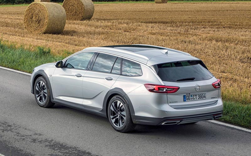 Фото Opel Insignia Country Tourer