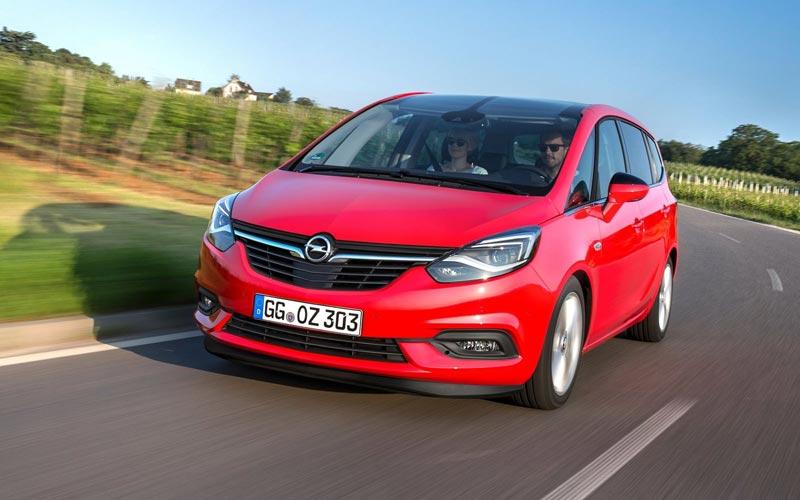 Фото Opel Zafira