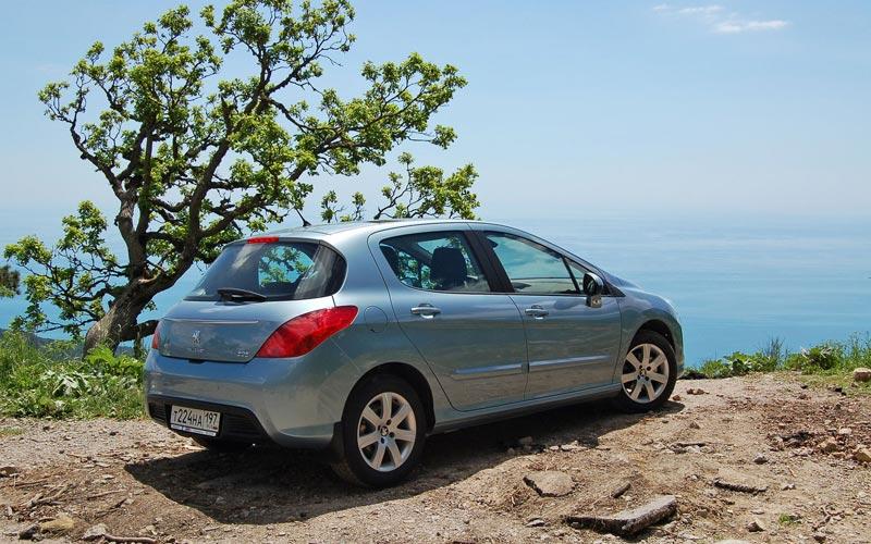 Фото Peugeot 308  (2011-2013)