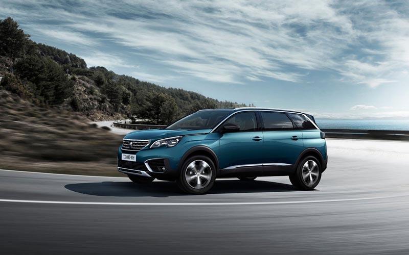 Фото Peugeot 5008