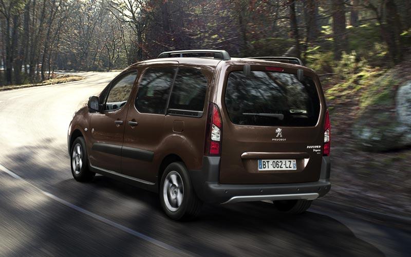 Фото Peugeot Partner Tepee  (2012-2015)