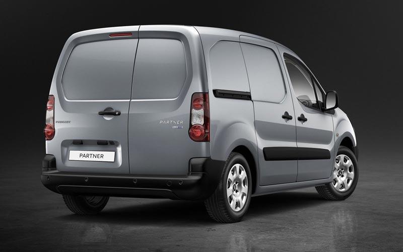 Фото Peugeot Partner