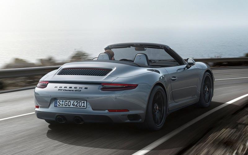 Фото Porsche 911 GTS Cabrio