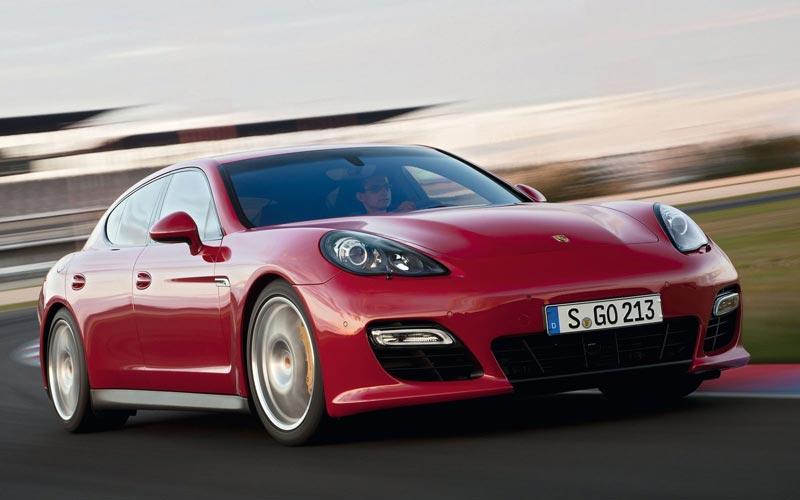 Фото Porsche Panamera GTS