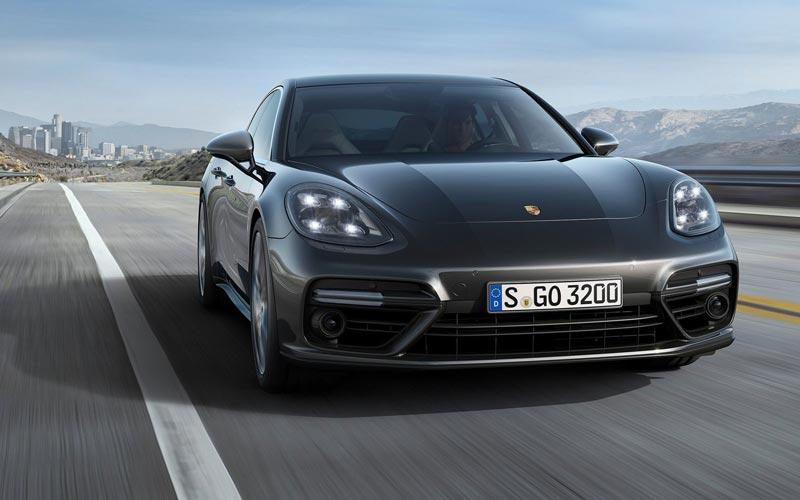 Фото Porsche Panamera