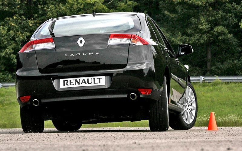 Фото Renault Laguna GT