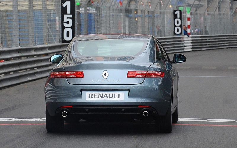 Фото Renault Laguna Coupe
