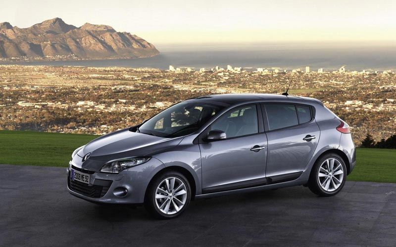 Фото Renault Megane  (2009-2013)