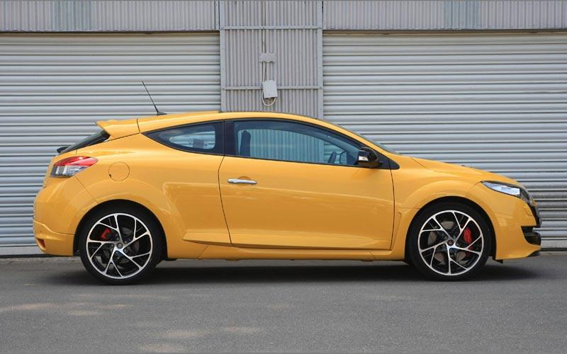 Фото Renault Megane Sport  (2009-2013)