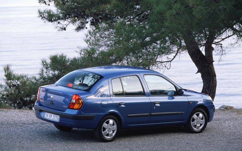 Фото Renault Symbol  (2002-2008)