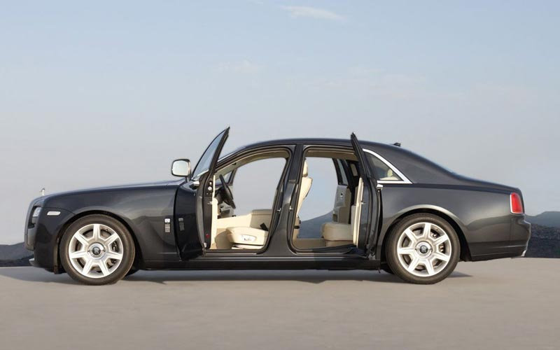 Фото Rolls-Royce Ghost  (2010-2014)