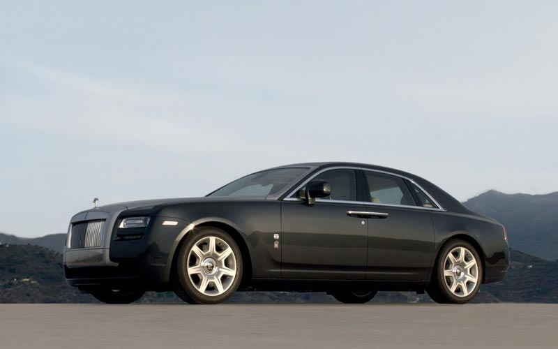 Фото Rolls-Royce Ghost  (2010-2014)
