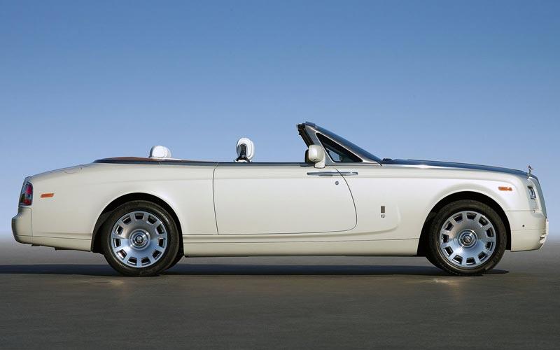 Фото Rolls-Royce Phantom Drophead Coupe
