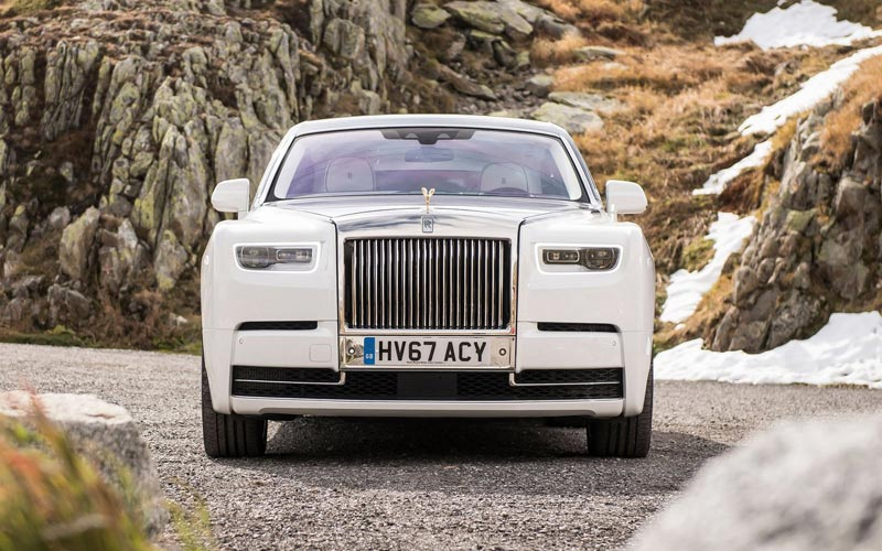 Фото Rolls-Royce Phantom 2017
