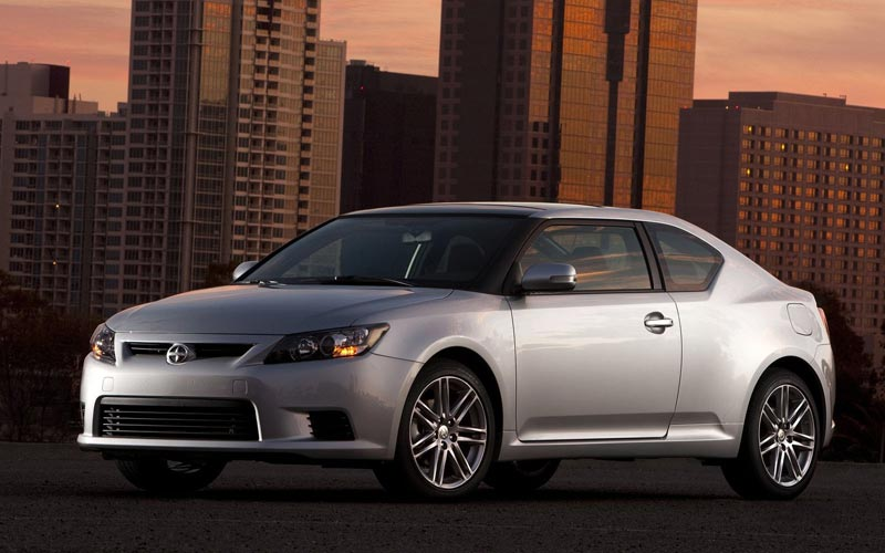 Фото Scion tC  (2011-2013)