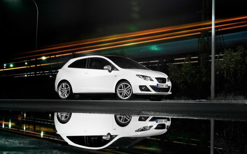 Фото SEAT Ibiza FR SportCoupe