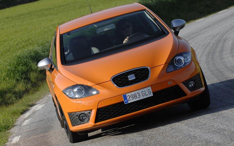 Фото SEAT Leon FR  (2009-2012)