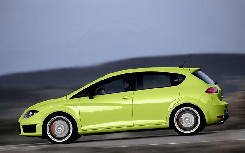 Фото SEAT Leon Cupra R  (2010-2012)