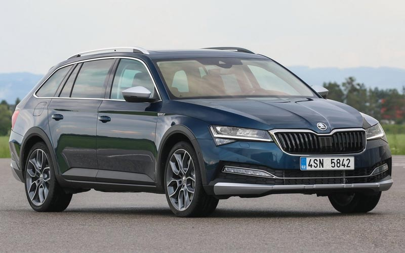 Фото Skoda Superb Scout