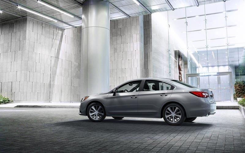 Фото Subaru Legacy  (2014-2017)