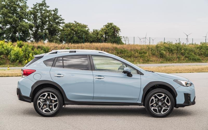 Фото Subaru XV 2017