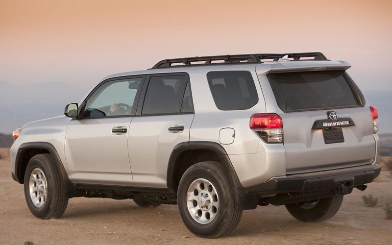 Фото Toyota 4Runner  (2010-2013)
