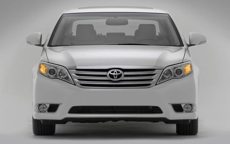 Фото Toyota Avalon  (2010-2011)