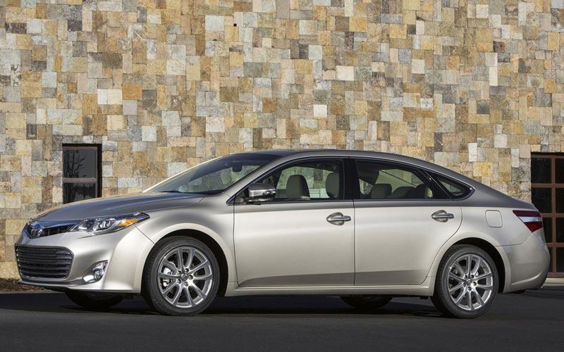 Фото Toyota Avalon  (2012-2015)