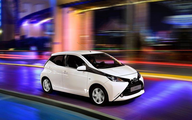 Фото Toyota Aygo  (2014-2018)