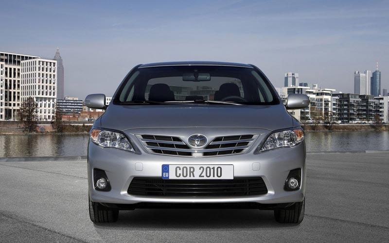 Фото Toyota Corolla  (2010-2013)
