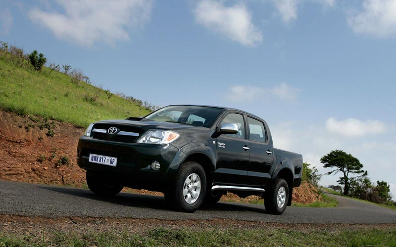 Фото Toyota Hilux  (2005-2008)
