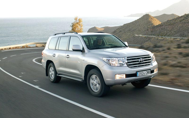 Фото Toyota Land Cruiser 200  (2007-2011)