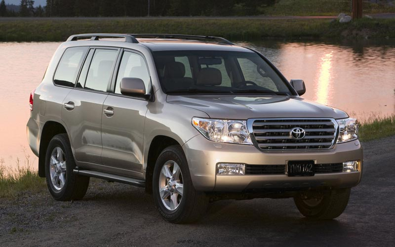 Фото Toyota Land Cruiser 200  (2007-2011)