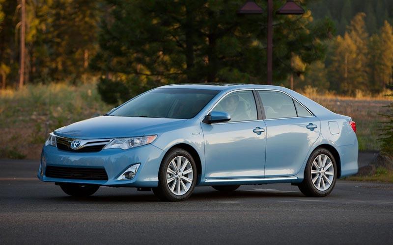 Фото Toyota Camry Hybrid