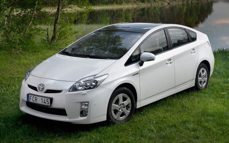 Фото Toyota Prius  (2009-2016)