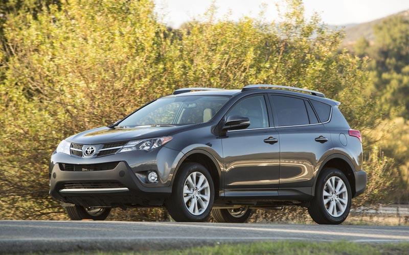 Фото Toyota RAV4  (2013-2015)