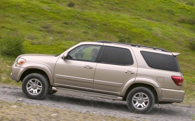 Фото Toyota Sequoia  (2004-2007)