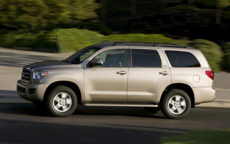 Фото Toyota Sequoia